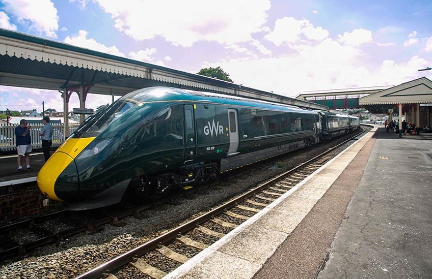 Critical rail services protected in new deals for GWR and Southeastern