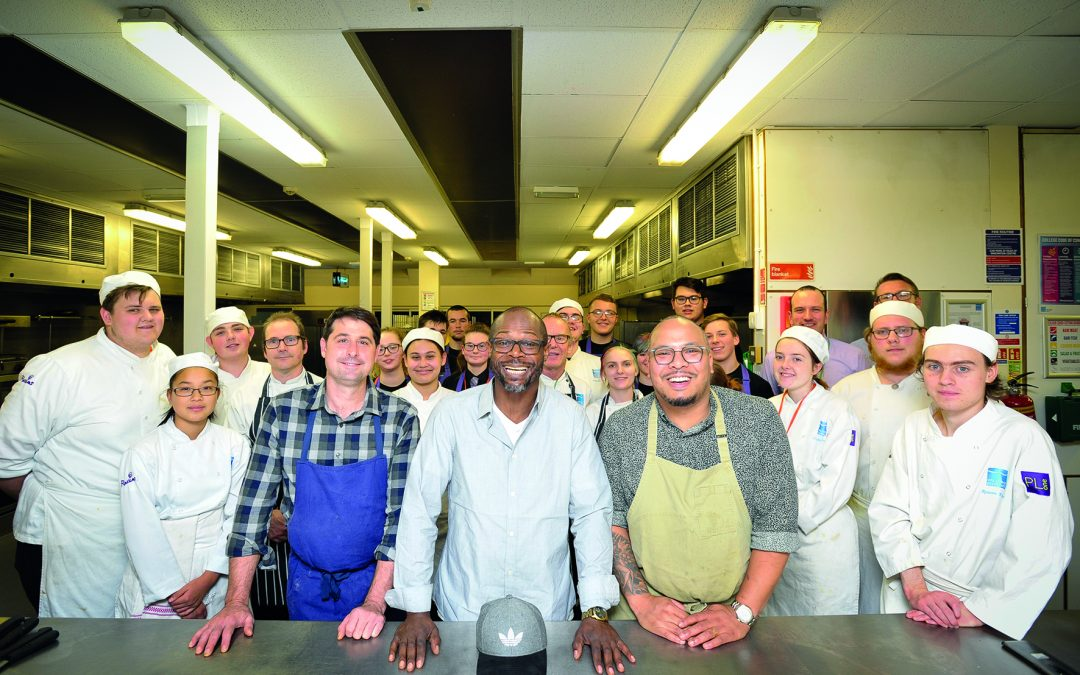 Students Create Thanksgiving Feast for the Business Community